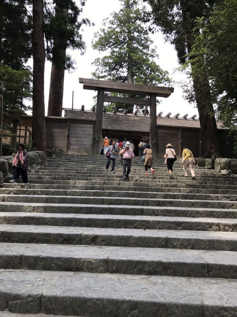 伊勢神宮階段