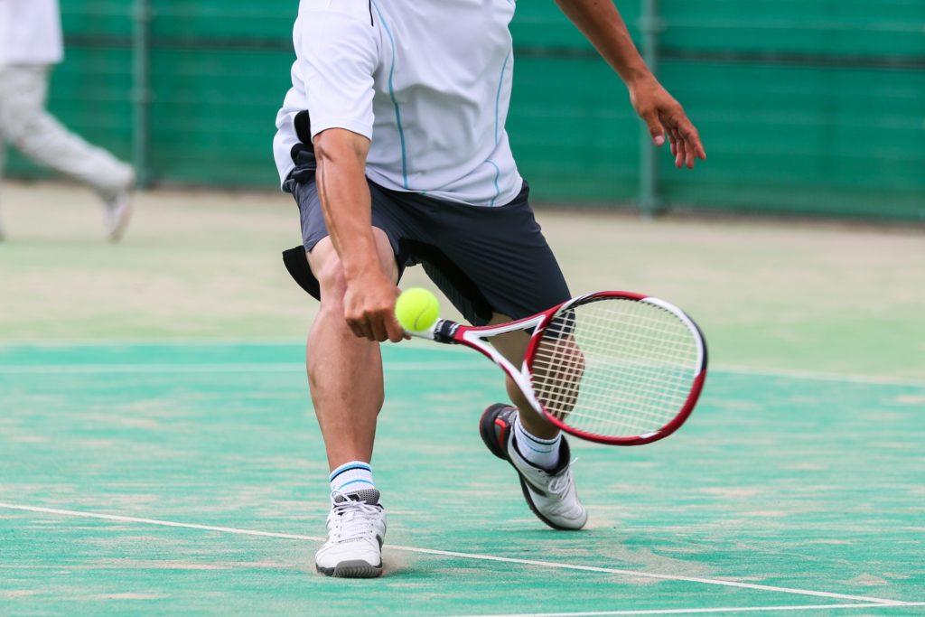 テニスの膝